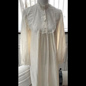 Barbizon Ivory Lace Long Nightgown Small Vintage